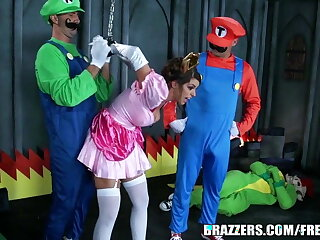 Brazzers - Mario and luigi parody double stuff