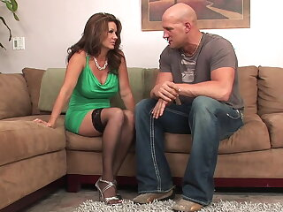 Incredible MILF pussy