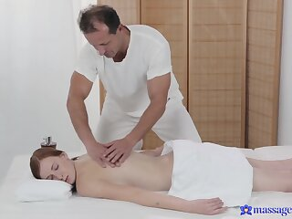 Naked babe receives anent than solo massage