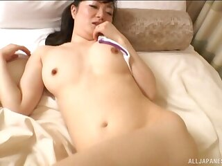 Amateur Asian wife moans while getting fucked codswallop deep on the be