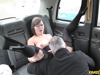 Matured slut Jamie Ray gets her pussy fucked and irritant fingered by a waitress