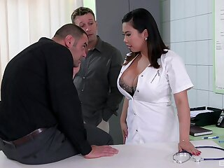 Prex brunette contaminate Tigerr Benson fucked by two large dicks