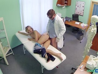 Doctor offers blonde a credit on new tits in repayment for a good changeless fucking