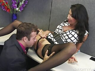 Lezley Zen screwing nearby dramatize expunge desk with her big tits