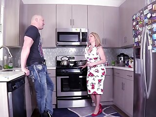Big dick be beneficial to the dominate stepmom